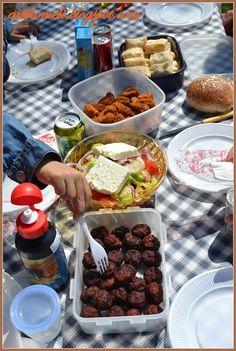 Ιδέες για ένα πικ νικ με την οικογένεια ή με φίλους! Πως μπορείτε να το οργάνώσετε και να περάσετε μια όμορφη μέρα στην εξοχή. Home Organization, Picnic, Ethnic Recipes, Food Ideas, Blog, Party, Fiesta Party, Home Organisation, Picnics