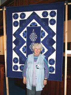 Anna Dolányi with In praise of Handicraft by the Foltlekek Group    (Hungarian quilt exhibition)