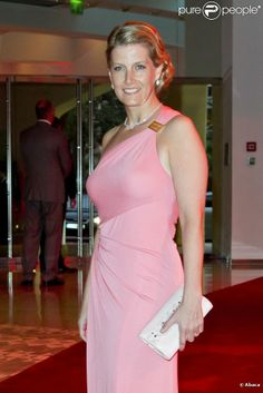 The Countess of Wessex. The most beautiful of dresses and perfect colour for HRH.