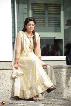 Indian Fashion Tips .Indian Fashion Tips Punjabi Dress, Anarkali Dress, Indian Dresses, Indian Outfits, Nayanthara Hairstyle, Photos Hd, Churidar Designs, Petite Fashion Tips, Indian Celebrities
