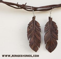 Re-Ride Stories - Leather Jewelry Leather Carving, Leather Art, Leather Gifts, Feather Jewelry, Boho Jewelry, Beaded Jewelry, Fashion Jewelry, Clay Jewelry, Jewelry Crafts