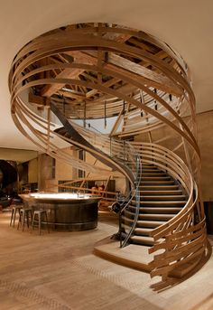 wooden-staircase.jpeg (468×682)