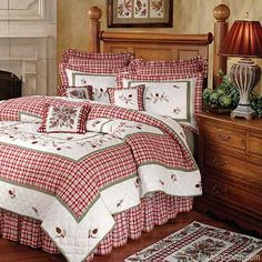Rustic Pine quilt I love the red and white bedding. Red Bedding, Quilt Bedding, White Bedding, Bedding Sets, Quilt Pillow, Christmas Bedding, Christmas Home, Bedroom Red, Bedroom Decor