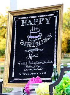 Tips + tricks on how to draw on a chalkboard to create artist worthy chalkboards to use to decorate your home and for entertaining Chalk It Up, Chalk Art, Deco Dyi, Chalkboard Signs, Chalkboards, Chalkboard Writing, Chalkboard Lettering, Chalkboard Ideas, Birthday Traditions