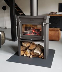 JAcobus 12 Doorkijk houtkachel Wood Burner, Cottage Design, Barbacoa, Man Cave, Home Appliances, Fireplaces, Cozy Nook, Greenhouses