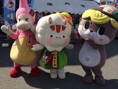 今日は須崎の道の駅に、いのとんと、みとよんがきてくれたよー☆16時までいるからね☆ね☆18時からは、桑田山のキャンドルナイトいくよー☆ pic.twitter.com/oYp6ugCd2R