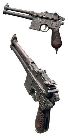 N.O.M. Commander Gun - Fertig-Modell - accessory to a World War Robot action figure