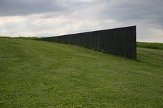 Richard Serra: File:Richard-Serra-Schunnemunk-Fork2.jpg - Wikipedia, the free encyclopedia