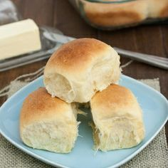 Light and Fluffy Make-Ahead Dinner Rolls: completely foolproof, even if you've never worked with yeast before!