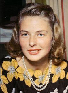 Ingrid Bergman.  Via @classicmoviehub. #IngridBergman #actresses