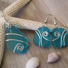 Wire wrapped sea glass jewelry set.