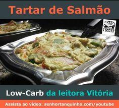 Hoje trazemos para você uma receita de Tartar de Salmão low-carb.  Essa é uma receita super fácil - porque não tem nem que ligar o fogão - e ainda é perfeita para surpreender seus convidados!  Veja o vídeo em: http://ift.tt/1RxCWAS  Ingredientes: - 300g de salmão cortado em cubos - 1 colher de sopa de cebolinha picada - 1 colher de sopa de cebola roxa picada - 75g de cream cheese - 1 colher de sopa de suco de limão - polpa de um abacate maduro - sal e pimenta a gosto.  Preparo: misturar tudo…