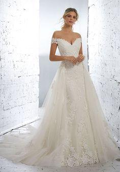 Western Wedding Dresses, Black Wedding Dresses, Bridal Wedding Dresses, Wedding Dress Styles, Designer Wedding Dresses, Lace Wedding, Mermaid Wedding, Modest Wedding, Wedding Venues