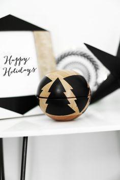 DIY Christmas tree globe