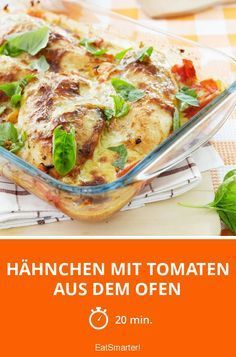 Hähnchen mit Tomaten aus dem Ofen Chicken with tomatoes from the oven – smarter – Calories: kcal – Time: 20 min. Baking Turkey Bacon, Cook Turkey In Oven, Cooking Turkey, Slow Roasted Turkey, Baked Turkey, Ground Turkey Recipes, Turkey Drumstick Recipe, Cooking Crab, Cooking Movies
