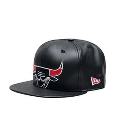 28d6acaeb5e NEW ERA MENS CHICAGO BULLS SNAPBACK CAP Black Chicago Bulls