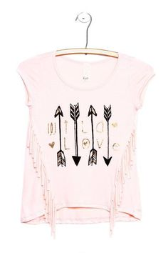 WILD LOVE ARROWS FRONT FRINGE SHORT SLEEVE TOP