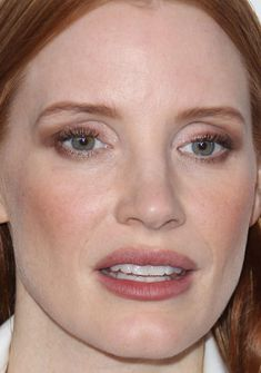Close-up of Jessica Chastain at ELLE's 2017 Women in Hollywood Awards.