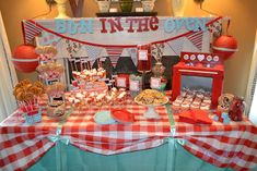 """Photo 14 of 29: Bun in the Oven/Retro / Baby Shower/Sip & See """"Bun in the Oven Baby Shower""""   Catch My Party"""