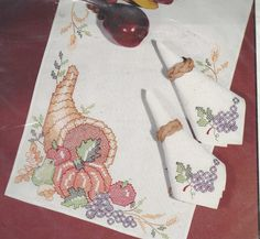 1990s Autumn Harvest Set of 8 Napkins Vintage by CloesCloset