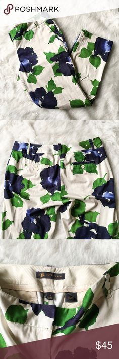The Limited Outback Red Drew Fit Floral Pants Lovely cropped floral pants from The Limited line, Outback Red. Drew fit. Great pre-lived condition. No stains, holes or pilling. Size 8. The Limited Pants