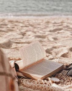 Beach Discover //a book is like a painting: you love it or you hate it// //a book is like a painting: you love it or you hate it//