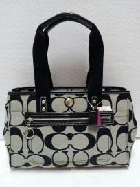 FREE SHIP - NWT! COACH Daisy Signature Large Black / White Tote Bag Purse F14878