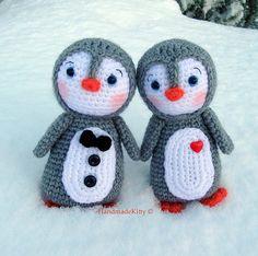 Amigurumi Penguin couple crochet.