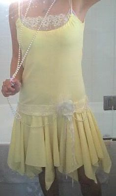 How to Make a Roaring '20s Yellow Flapper Dress - Really easy to follow and can be used for both formal and casual wear just depending on the fabric choice.