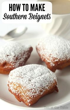 Beignets are no different than Austrian doughnuts. Tastes exactly the same. How to Make Southern Beignets Just Desserts, Delicious Desserts, Dessert Recipes, Yummy Food, Churros, Donut Recipes, Cooking Recipes, Pasta Recipes, Comida Disney