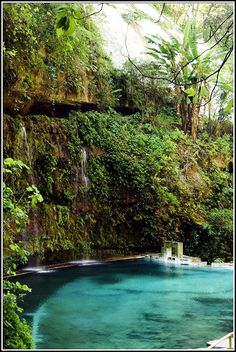 El Salvador by carlozepeda, via Flickr