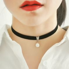 WOMEN-one-black-Fishing-Line-Lace-Velvet-Chocker-Collar-Necklace-Jewellery