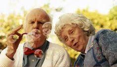Bildergebnis für old couple happy