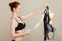 Here are 16 bra hacks that every woman should be aware of. Bra Hacks, Backless Bra, Bra Types, Celebrity Look, Poses, Second Skin, Plunging Neckline, Every Woman, Jennifer Lopez