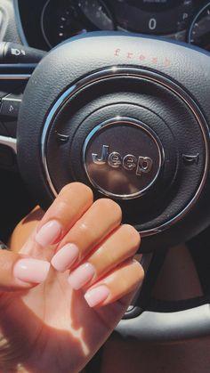 Dip SNS nails light pink bubble bath SNS nails light pink bubble bath Fabulous Free Winter Nail Art Ideas 2019 - Page 2 of 53 - womenselegance. The season Acrylic Nails Natural, Cute Acrylic Nails, Cute Nails, Pretty Nails, My Nails, Sns Dip Nails, S And S Nails, Natural Color Nails, Natural Looking Nails