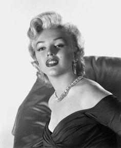 Marilyn Monroe/ 1952 / por Frank Powolny