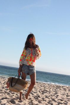 first days at the beach - mytenida Beach Ready, Rocker Chic, Beach Look, Boho Look, Casual Chic, Barefoot, Personal Style, Cover Up, Girly