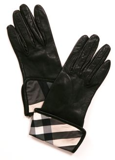 BURBERRY LONDON GLOVES ♔Life, likes and style of Creole-Belle ♥