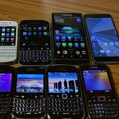 #inst10 #ReGram @inenaga: all cast #BlackBerry #BlackBerryClubs #BlackBerryPhotos #BBer #BlackBerryPRIV #PRIV #QWERTY #Keyboard #Android #OldBlackBerry #RIM #QWERTY #Keyboard #BlackBerryBold #Bold Blackberry Phones, Blackberry Bold, Fun Games, Keyboard, Smartphone, It Cast, Audio, Android, Apple