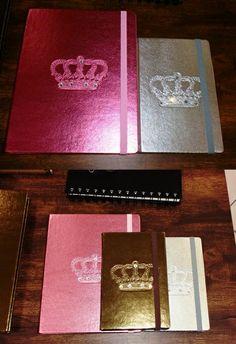 Cadernos metalizados com cristias
