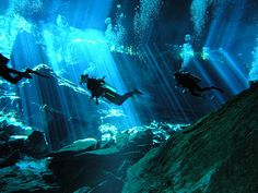 Cenote dive by Graham Gibson, via Flickr
