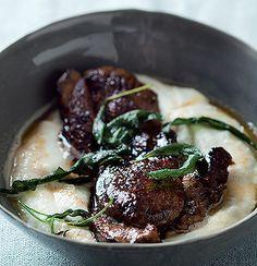 Balsamic-glazed lamb steak with cauliflower and Gorgonzola pure