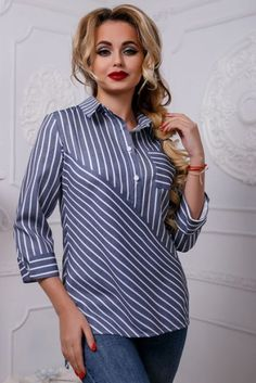 Swans Style is the top online fashion store for women. Kurta Designs, Blouse Designs, Hijab Fashion, Fashion Dresses, Sewing Blouses, Blouse Patterns, Blouse Styles, Contemporary Fashion, African Fashion
