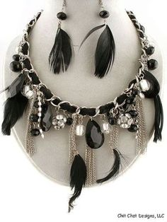 Feather Black Necklace Set
