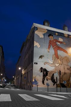 Comic mural in Brussels_ Belgium