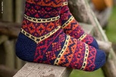 MARY JANE MUCKLESTONE - Buscar con Google - her colorwork is beautiful!