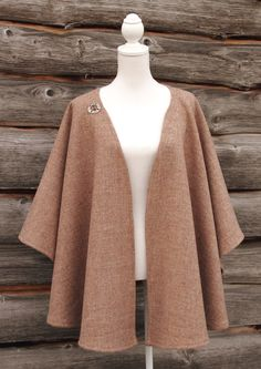 A gorgeous traditional style tweed wrap, stylish and warm, wear over a shirt or on the extra cold days over a jacket. Cardigans For Women, Coats For Women, Iranian Women Fashion, Linen Blazer, Harris Tweed, Vintage Coat, Everyday Dresses, African Fashion Dresses, Coat Dress