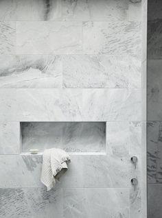 Ideas for marble tile bathroom floors 3 Marble tile bathroom flooring ideas 2 – Savvy Ways About Things Can Teach Us - Marble Bathroom Dreams Marble Tile Bathroom, Marble Tiles, Bathroom Flooring, Tiling, White Marble Flooring, Tile Bathrooms, White Marble Bathrooms, Stone Bathroom, Grey Tiles