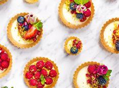 Panna Cotta tartaletky z M&S potravin Sweet Bar, Cat Care Tips, Balanced Diet, Mini Cupcakes, Panna Cotta, Cheesecake, Favorite Recipes, Yummy Food, Baking