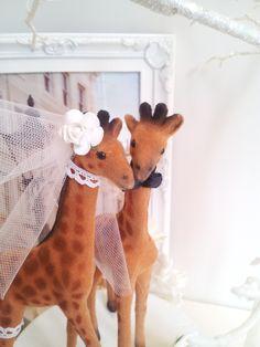 giraffe wedding cake topper by MissRoseDanae on Etsy, $25.00